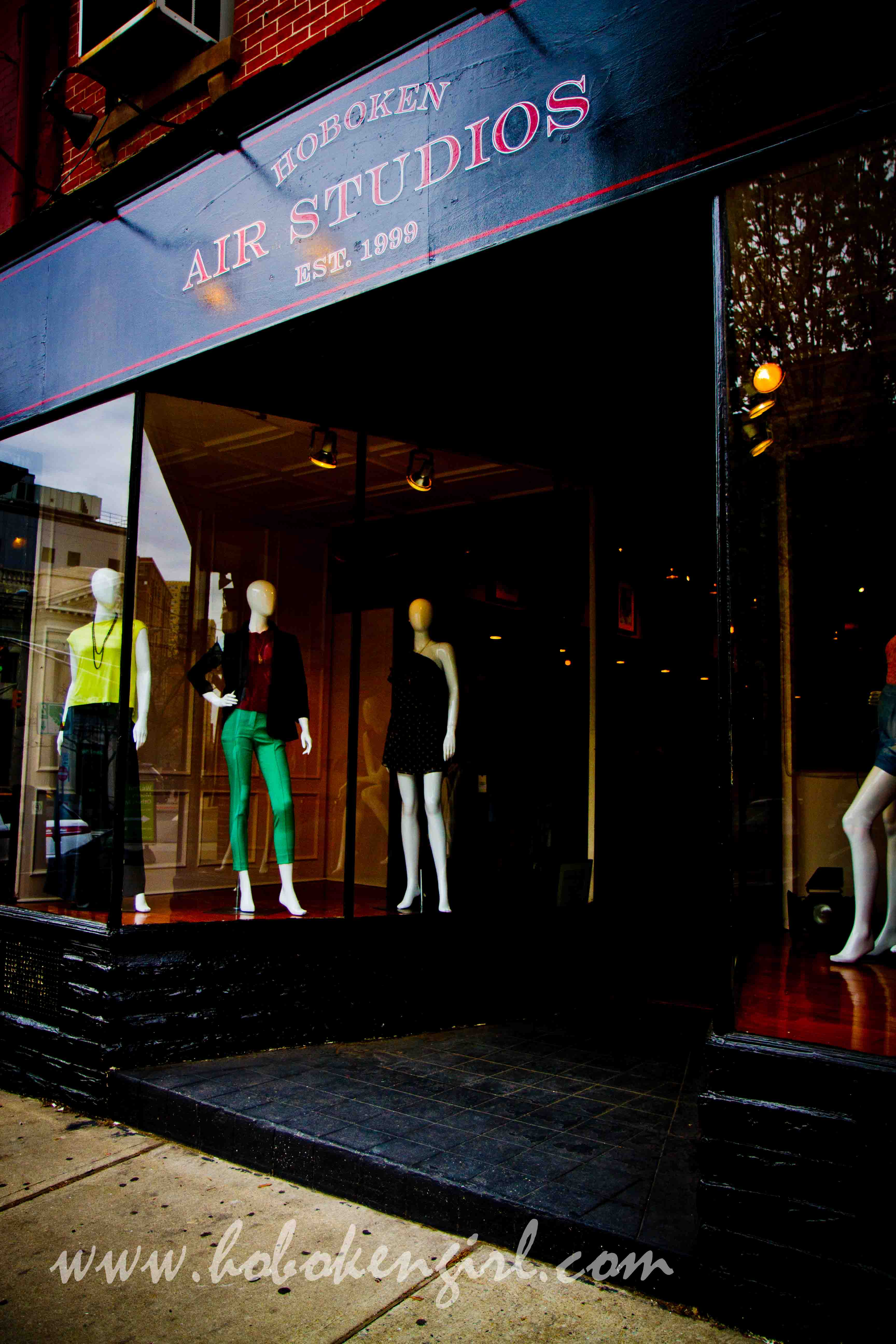 Every Saturday You Have An Open Invitation To Air Studios Boutique At 92 Hudson Street For Some Shopping Mimosas Make Sure Stop By And Say Hello